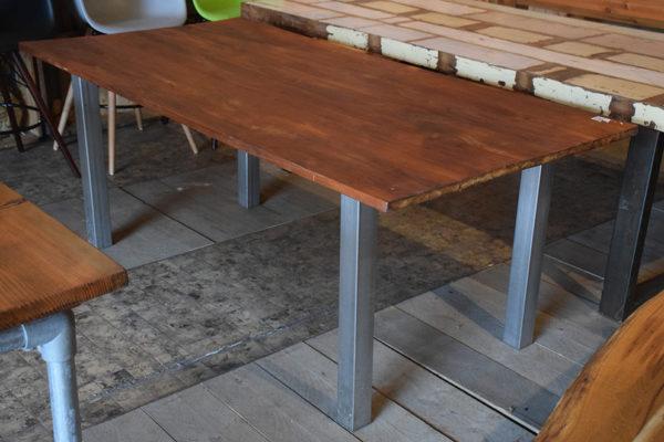 SW-057 grenen tafel
