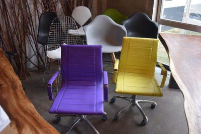 SW-112 stoelen en barkrukken